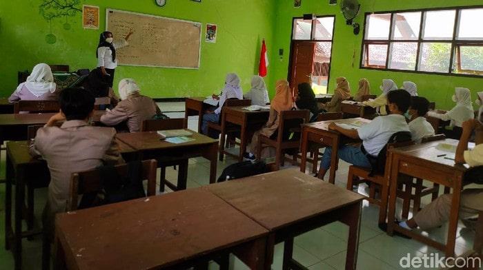 Sekolah tatap muka di Ponorogo (Foto: Charoline Pebrianti)